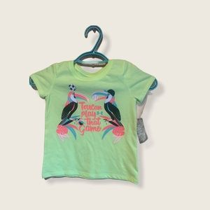 3/$30 🌺 Under Armour Kids Graphic T-Shirt Size 4